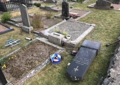 atermontering-av-nedlagd-gravsten