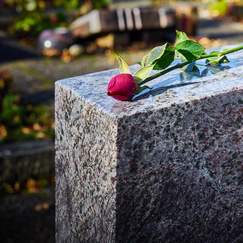 Gravvård & gravsten i Göteborg & Kungsbacka